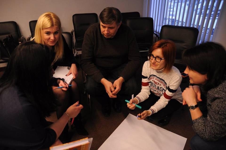 Оголошуємо набір на участь в проекті «Децентралізація на практиці – вчимося один від одного». Програма спрямована на ОТГ Запорізької, Черкаської, Чернівецької та Хмельницької областей
