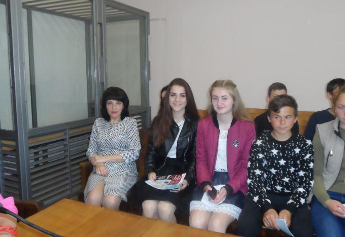 Татарбунарський районний суд Одеської області підвищує довіру серед молоді